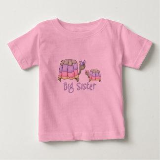 Camiseta Para Bebê Irmã mais velha Pastel das tartarugas