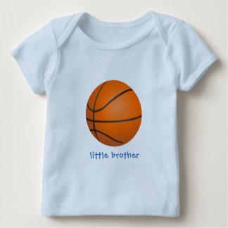 Camiseta Para Bebê Irmão mais novo do basquetebol