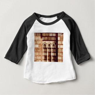 Camiseta Para Bebê janela marrom do bloco
