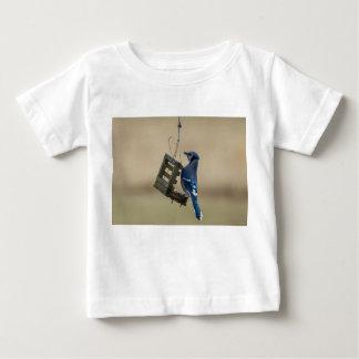Camiseta Para Bebê Jay azul de balanço