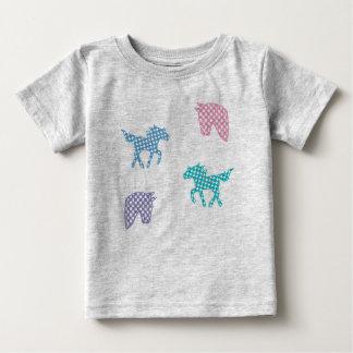 Camiseta Para Bebê Jérsei alpargata cavalos Karodesign