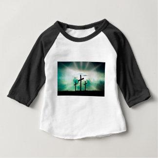 Camiseta Para Bebê Jesus aumentou (três cruzes)