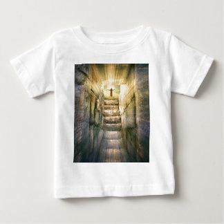 Camiseta Para Bebê Jesus na ressurreição vazia da páscoa do túmulo