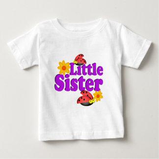 Camiseta Para Bebê Joaninha da irmã mais nova