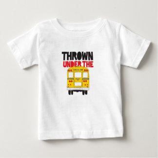 Camiseta Para Bebê Jogado sob o ônibus
