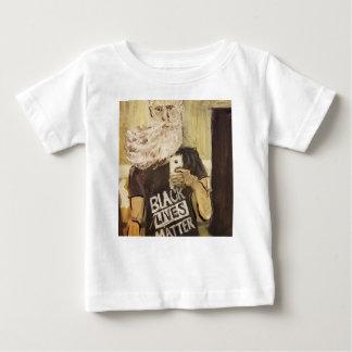 Camiseta Para Bebê John Brown Selfie/matéria preta das vidas