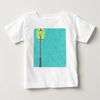 Camiseta Para Bebê Lamppost na chuva