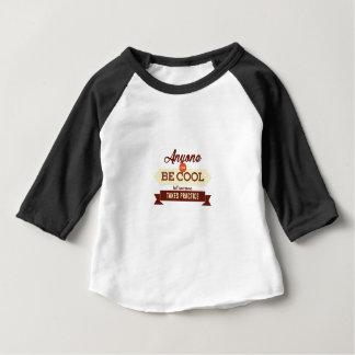 Camiseta Para Bebê Legal & impressionante Errando se aprende