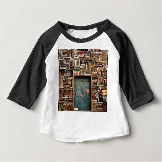 Camiseta Para Bebê Livros e livros