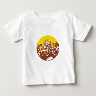 Camiseta Para Bebê Losi que derrota o Woodcut do círculo do deus