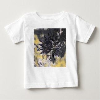 Camiseta Para Bebê Lua sonolento de Sun