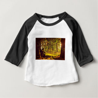 Camiseta Para Bebê Luz na floresta