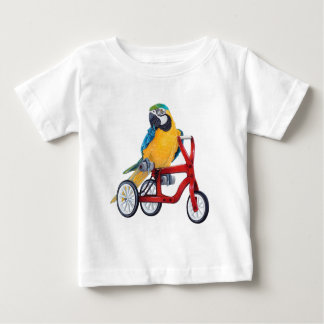 Camiseta Para Bebê Macaw do papagaio na bicicleta do triciclo