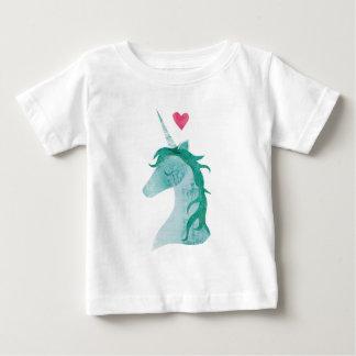 Camiseta Para Bebê Mágica azul do unicórnio com coração