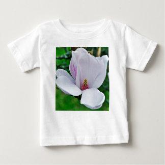 Camiseta Para Bebê Magnólia elegante