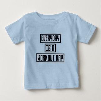 Camiseta Para Bebê Malhação Zx41w do dia do exercício