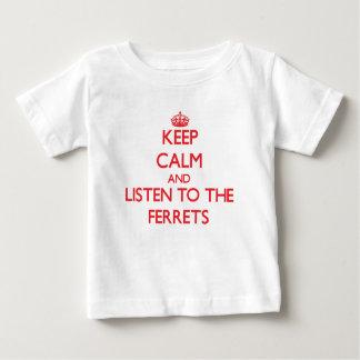 Camiseta Para Bebê Mantenha a calma e escute as doninhas