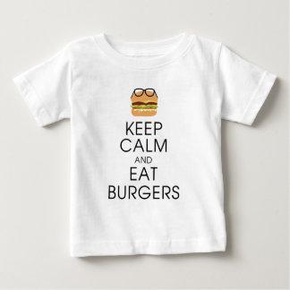 Camiseta Para Bebê Mantenha calmo e coma hamburgueres