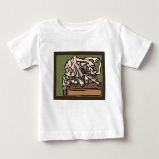 Camiseta Para Bebê Mãos do manequim