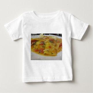 Camiseta Para Bebê Massa caseiro com molho de tomate, cebola,