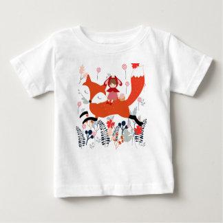 Camiseta Para Bebê Menina e raposa vermelhas da equitação da capa no