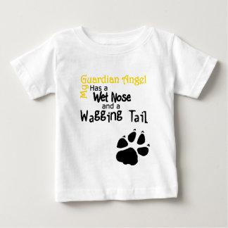 Camiseta Para Bebê Meu anjo-da-guarda tem um nariz molhado e uma