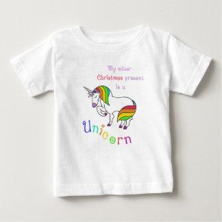 Camiseta Para Bebê Meu outro presente de Natal é um unicórnio