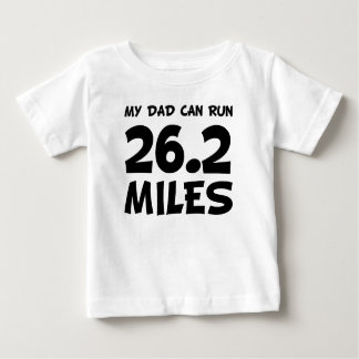 Camiseta Para Bebê Meu pai pode funcionar 26,2 milhas
