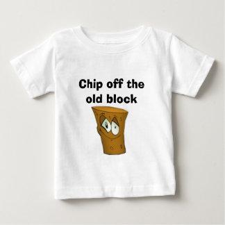 Camiseta Para Bebê Microplaqueta fora do bloco velho