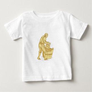 Camiseta Para Bebê Miller medieval com desenho do balde