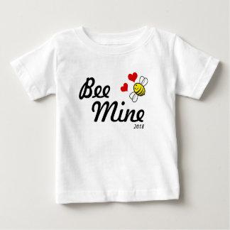 Camiseta Para Bebê Mina 2018 da abelha