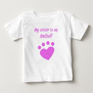 Camiseta Para Bebê Minha irmã é um AmStaff
