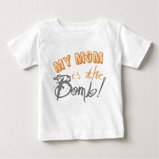 Camiseta Para Bebê minha mamã é a bomba
