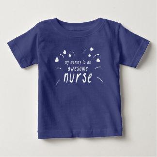 Camiseta Para Bebê Minha mamãe é uma enfermeira impressionante