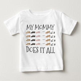 Camiseta Para Bebê Minha mamãe fá-lo todos os calçados do dançarino