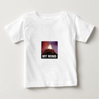 Camiseta Para Bebê minha mente do vulcão