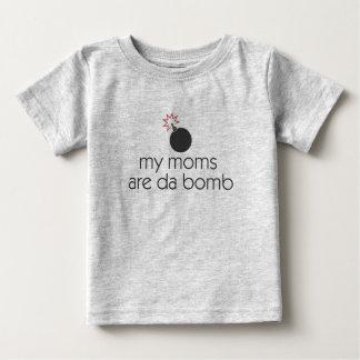 Camiseta Para Bebê Minhas mães são bomba da Dinamarca