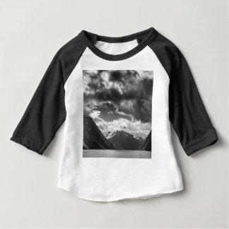 Camiseta Para Bebê Montanhas
