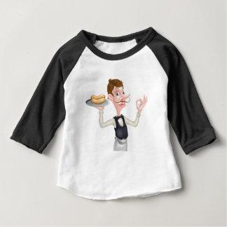 Camiseta Para Bebê Mordomo perfeito do Hotdog dos desenhos animados