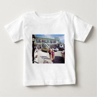Camiseta Para Bebê Motel da angra do resto nos anos 60