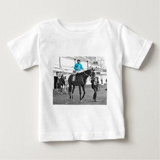 Camiseta Para Bebê Movimentação de Gabriel Sáez-Foxhall