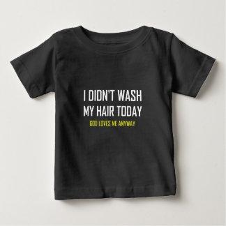 Camiseta Para Bebê Não lavou o deus do cabelo ama-me