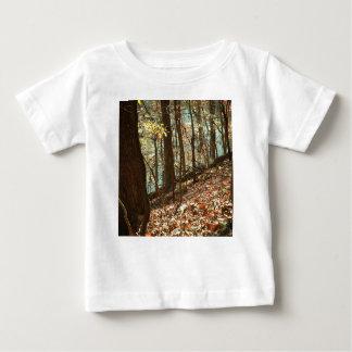 Camiseta Para Bebê Nas madeiras