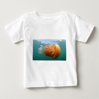 Camiseta Para Bebê Natações das medusa do tambor com cavala