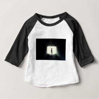 Camiseta Para Bebê Nave espacial saindo estrangeira