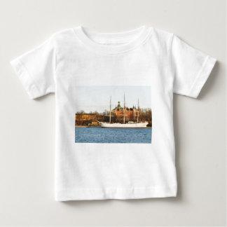 Camiseta Para Bebê Navegando em Éstocolmo, suecia