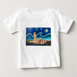 Camiseta Para Bebê Noite estrelado em Pisa com torre inclinada