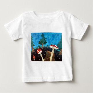 Camiseta Para Bebê noite trippy nas madeiras