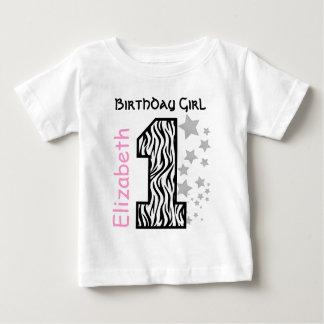 Camiseta Para Bebê Nome feito sob encomenda V001 do bebê de um ano da