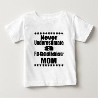 Camiseta Para Bebê Nunca subestime mamã Liso-Revestida do Retriever